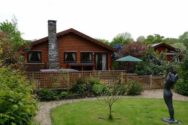 Milk Wood Lodges; Milk Wood Bach with Sauna