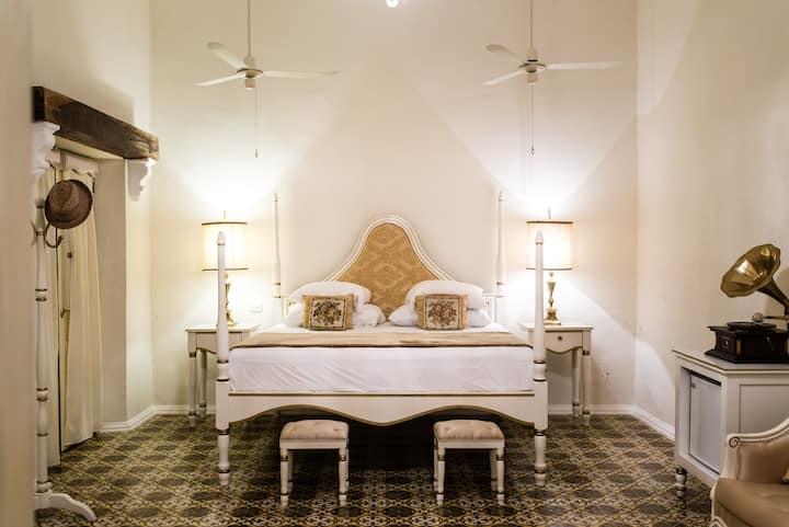 Suite Valladolid, Casa del Mayordomo