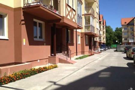 1-к квартира, 41 м², 2/5 эт. в Зеленоградске - Зеленоградск - Huoneisto