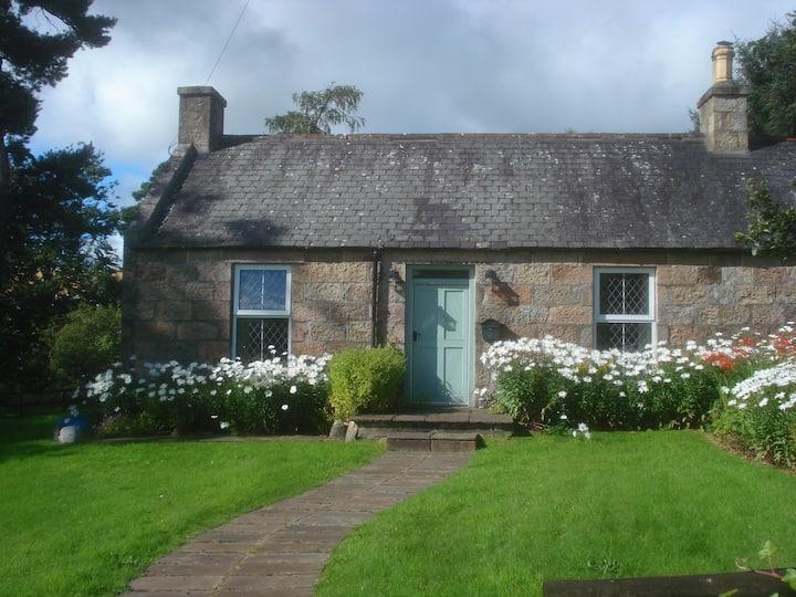 Ruthrie Cottage Aberlour Whisky Trail Morayshire