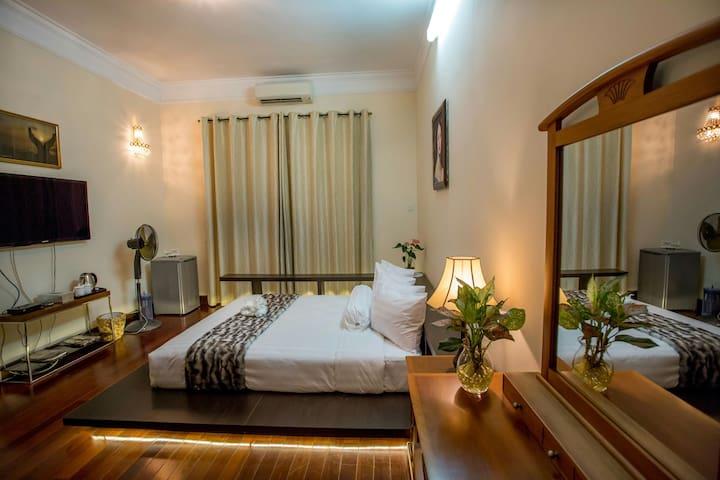 Saigon B&B - Master Bedroom - ホーチミン市 - 別荘
