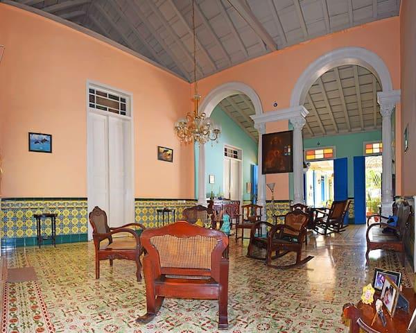 Hostal Colonial Las Mercedes. Habitación 1