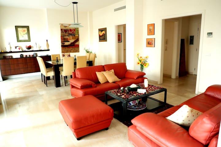Beirut Raouche Rocks Apartment