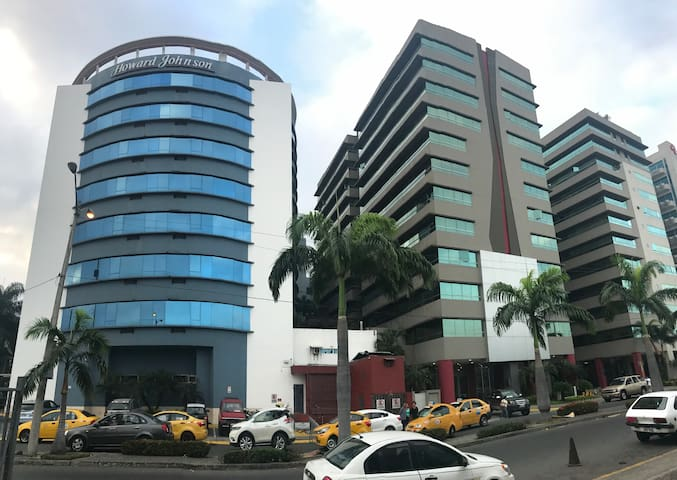 Luxury Apartment - Most popular area of Guayaquil