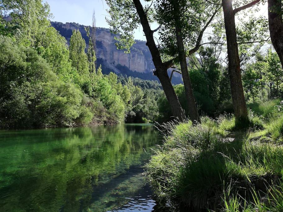 Río tajo a 2km del pueblo