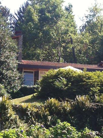 Villa La Tana. Ranco - Ranco - 別荘