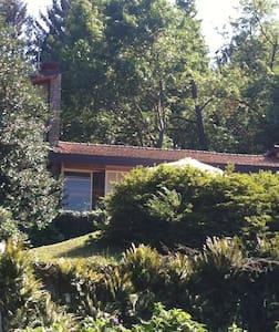 Villa La Tana. Lago maggiore  Ranco - Ranco - Villa