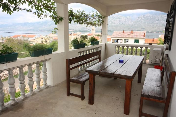 Two bedroom apartment with terrace and sea view Vinjerac, Zadar (A-6187-c)