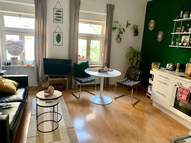 Cozy and modern 2 room flat in the heart of Munich