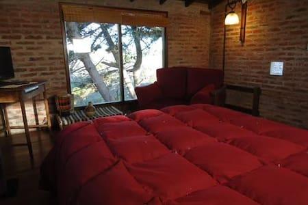Hermosa cabaña para parejas cerca del mar - Villa Gesell