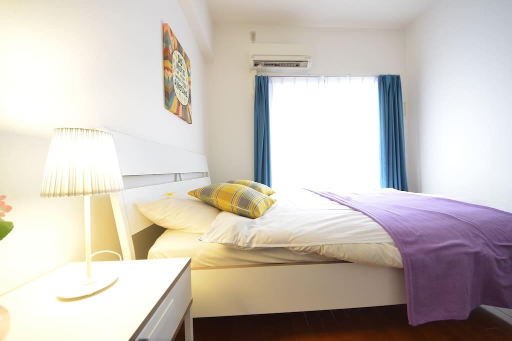 柔らかいベッド Comfortable bed 舒適的床