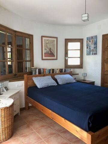 Double bedroom on the 1st floor