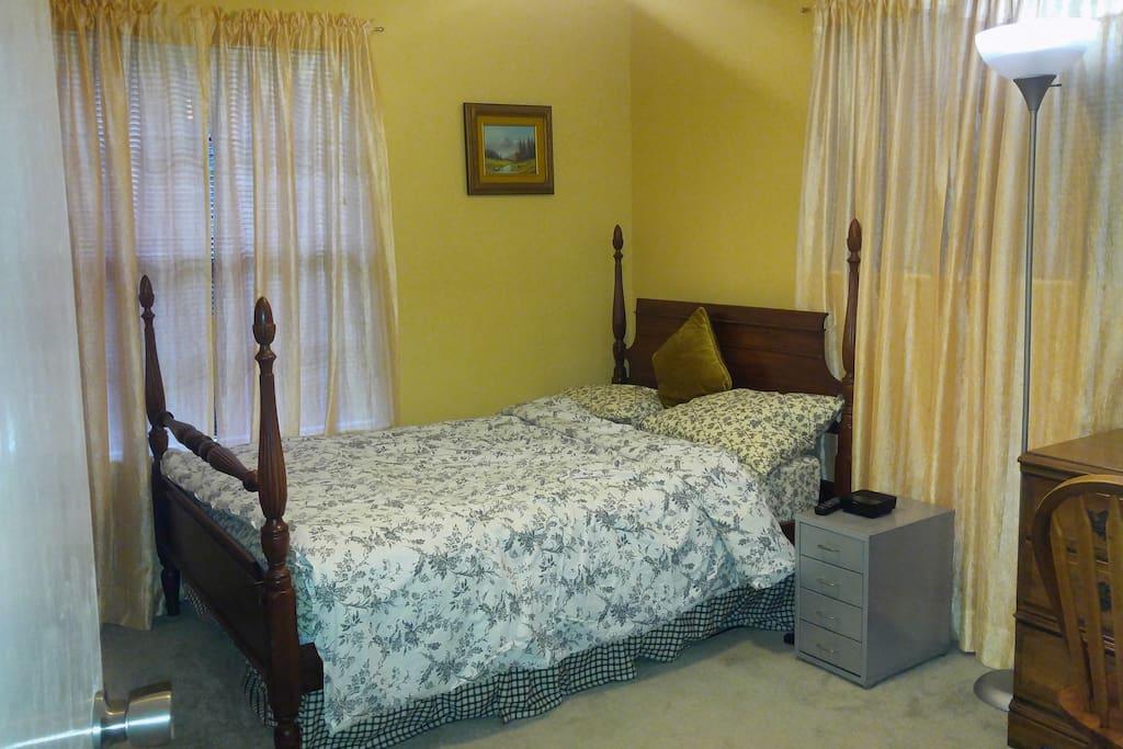 Night stand, alarm clock, additional light