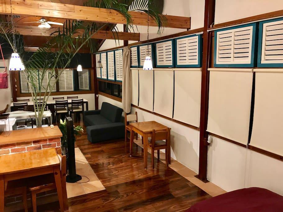 Dedicated spacious 60 square meters 広々60平米ワンルームの専用スペース