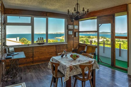 Top floor of Villa Sunrise - Chernomorets