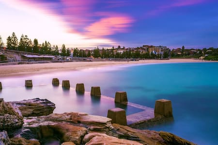 Beaching it! ENTIRE APARTMENT - Coogee