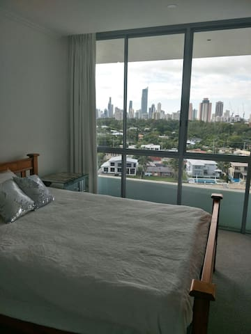 ULTIQA Freshwater Point resort Broadbeach 9thfloor