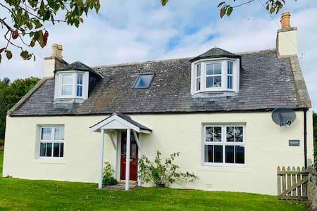 Coy Farmhouse, Royal Deeside