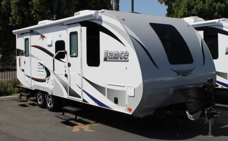 Lance Travel Trailer Fully  Equipped -WE DELIVER-
