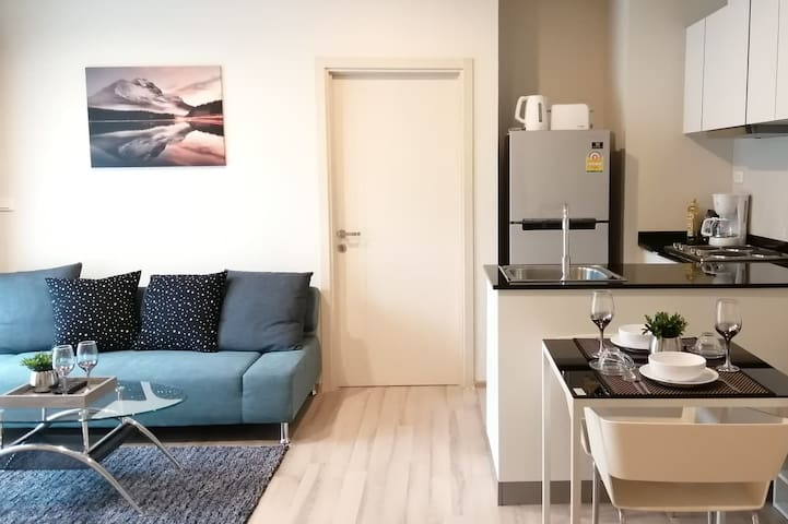 iStay | Central Floresta | Ideal 2BR+Pool+♛KingBed