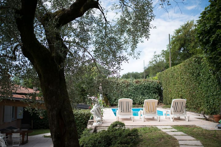 House with private poll and beautiful view, 8 Px - Toscolano-Maderno - Villa