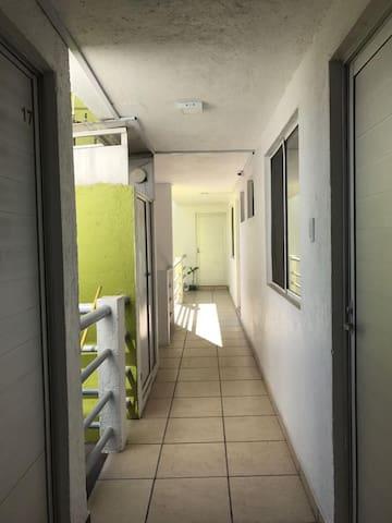 Habitaciones amplias e Independientes.