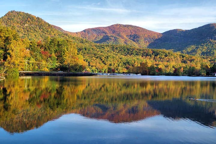 Lake Lure Studio at Rumbling Bald Resort