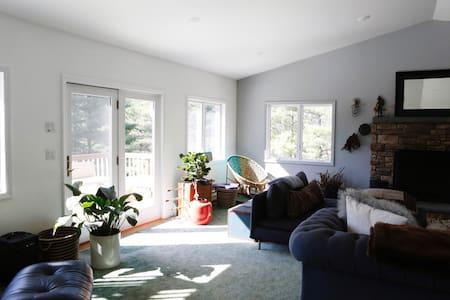 Spacious Catskills home w/view near skiing!! - Boiceville