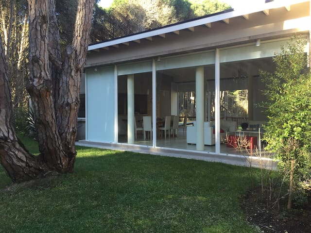 Casa de lujo en medio del bosque de Carilo - Cariló