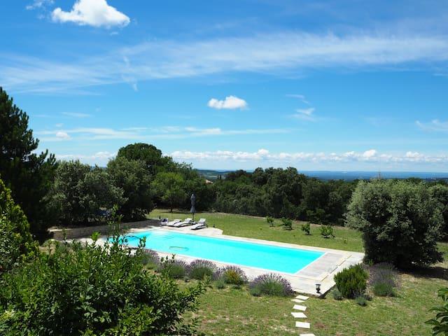 Villa Mont Ventoux piscine 15x6.Vue exceptionnelle
