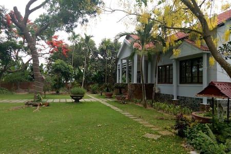 The Mango Tree Homestay