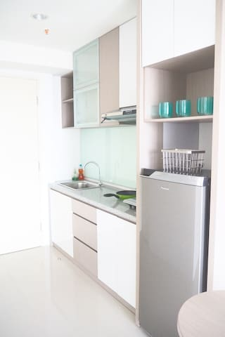 Cozy stay in brand new Tanglin Mansion Apartment - Sambikerep - Pis