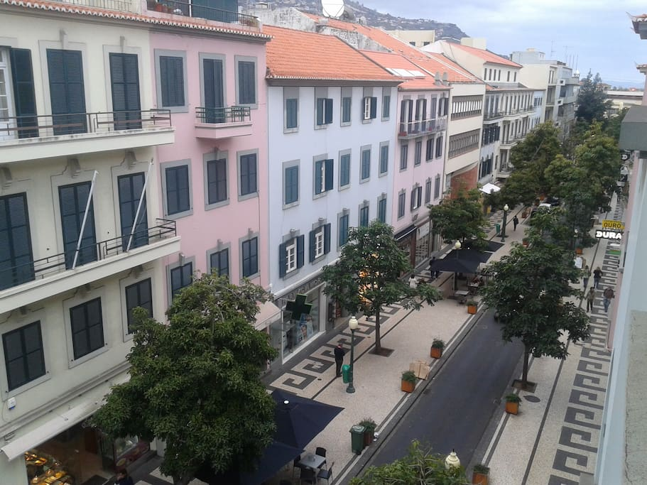funchal single men Meet thousands of latina singles in the funchal, portugal dating area today find hispanic love at amorcom.