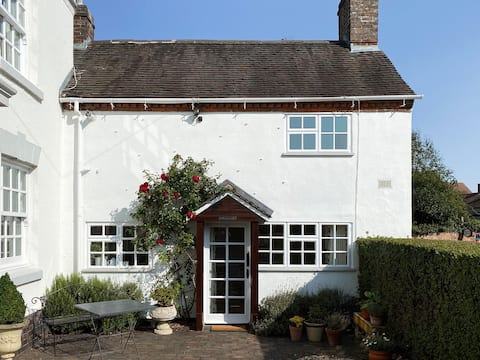 Comfortable cottage with modern amenities