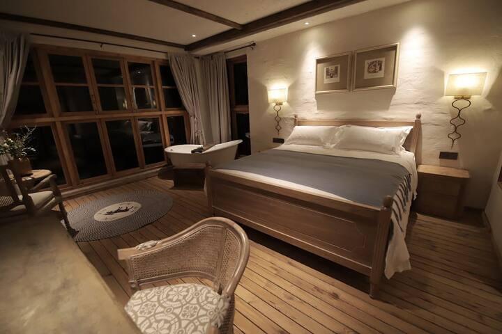 方寸间多萝西海景大床房D2
