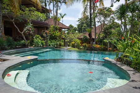 BUDGET ROOM 10 MIN WALK FROM UBUD PALACE - Ubud
