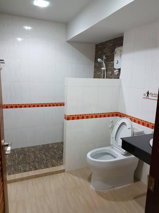 ห้องอาบน้ำแยกส่วน