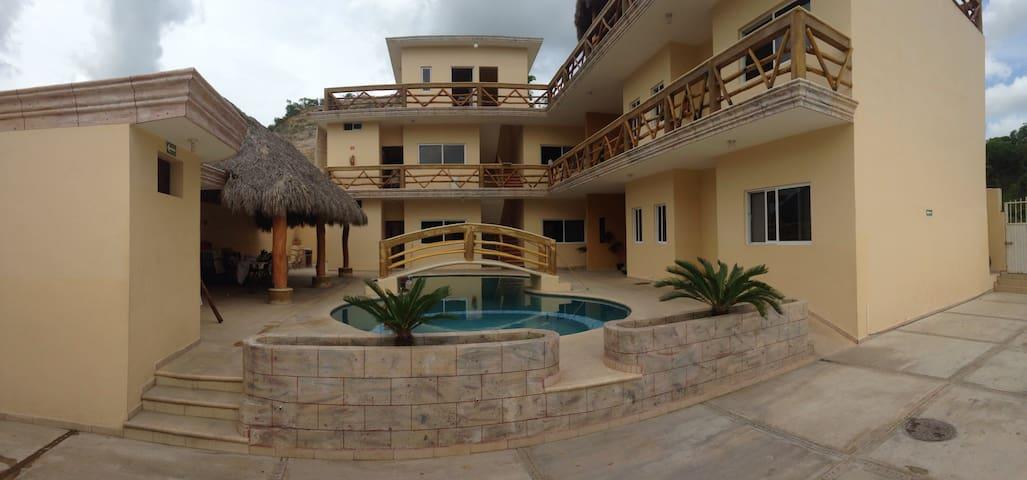 La Casa Persea, 6 bungalows - El aguacate  - Apartament