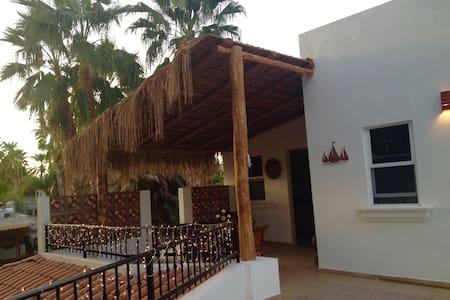 Villa Santo Niño. Suite Tamarindo - Loreto