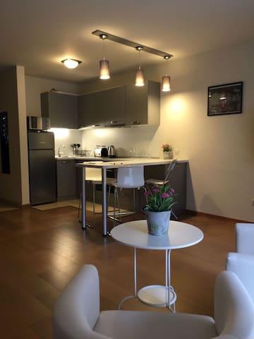 Sofia Suites - Suite 2