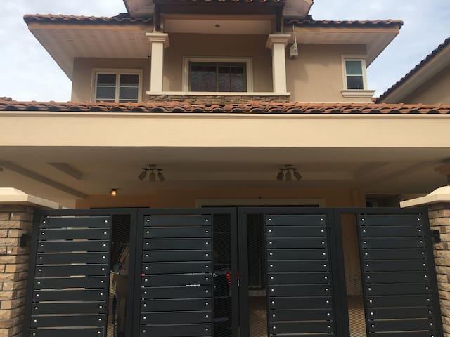 Tambun Suites - Ipoh - Huis