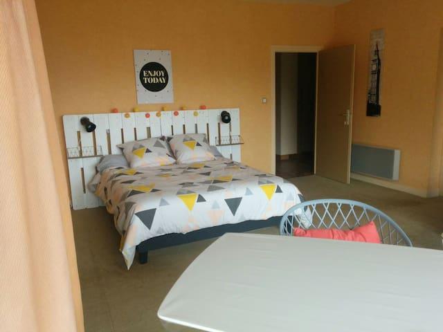 Chambre privée vue imprenable sur Oyonnax