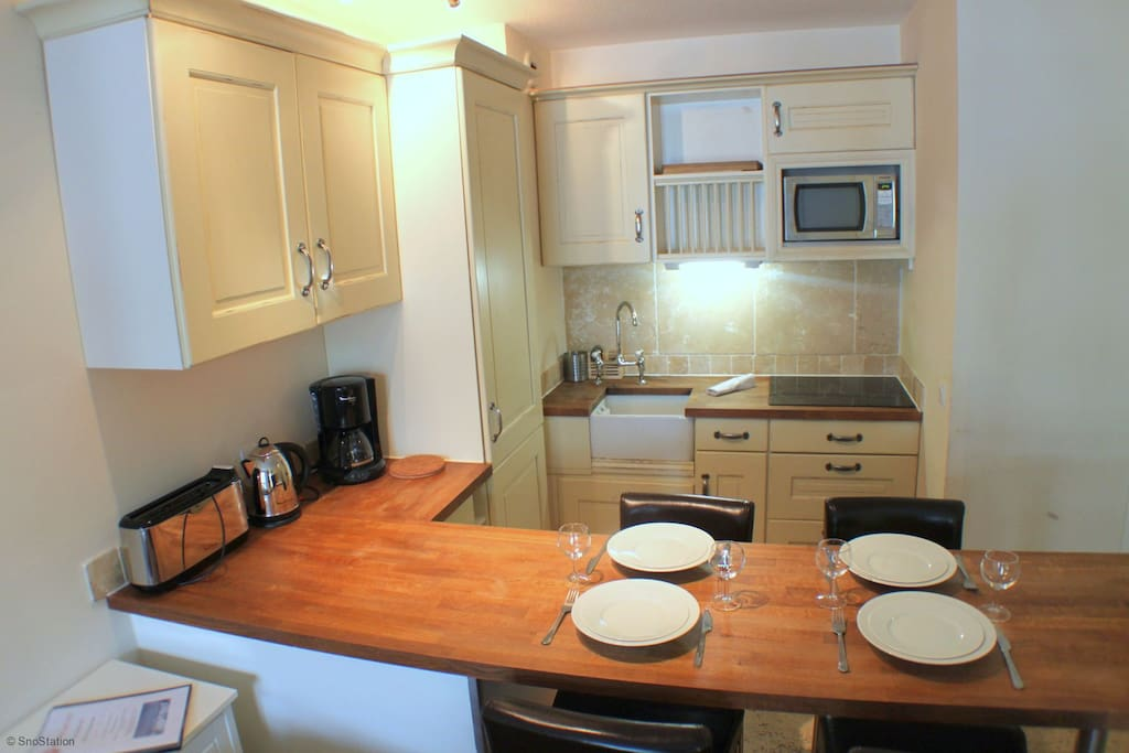 Open plan dining space and kitchen