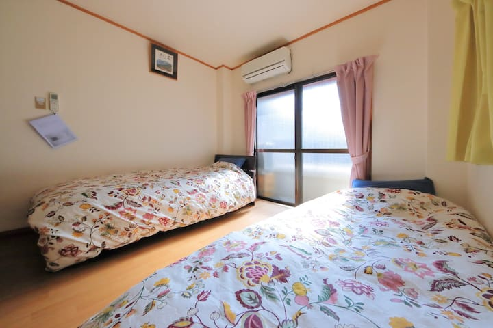 Just 7 mins from Osaka station!The Hot area!
