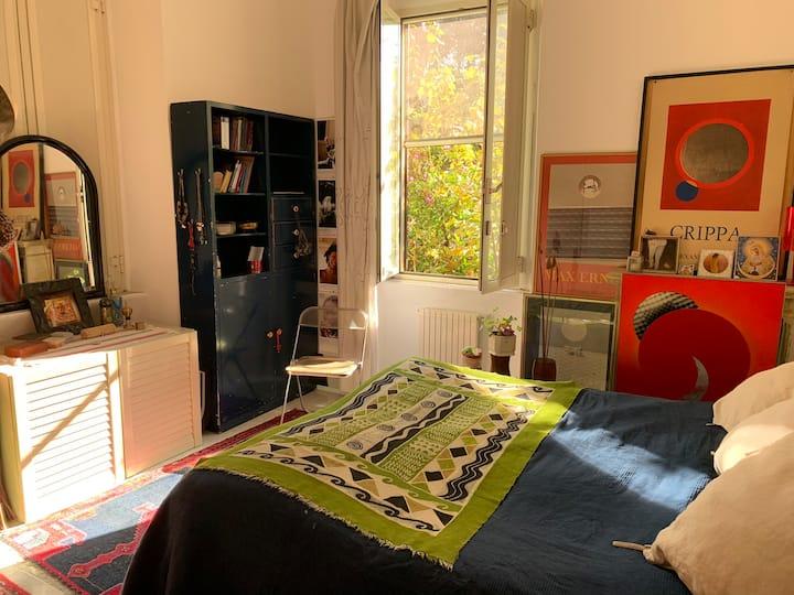 """Cozy Room in Artistic Apartment """"Villa Paganini"""""""