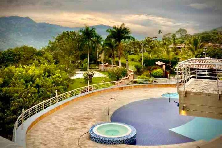 Hacienda El Limonar -  Private Luxury Villa & Spa