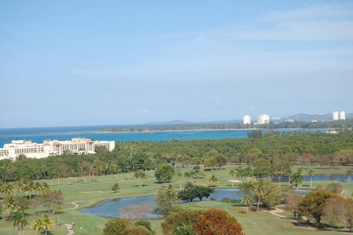 Luxury PH Villa @ Wyndham Rio Mar (golf cart incl) - Río Grande - Condominium