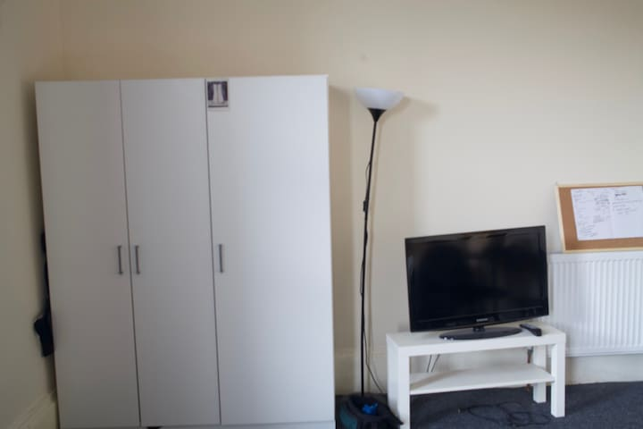 Massive room in Ibrox available for three weeks