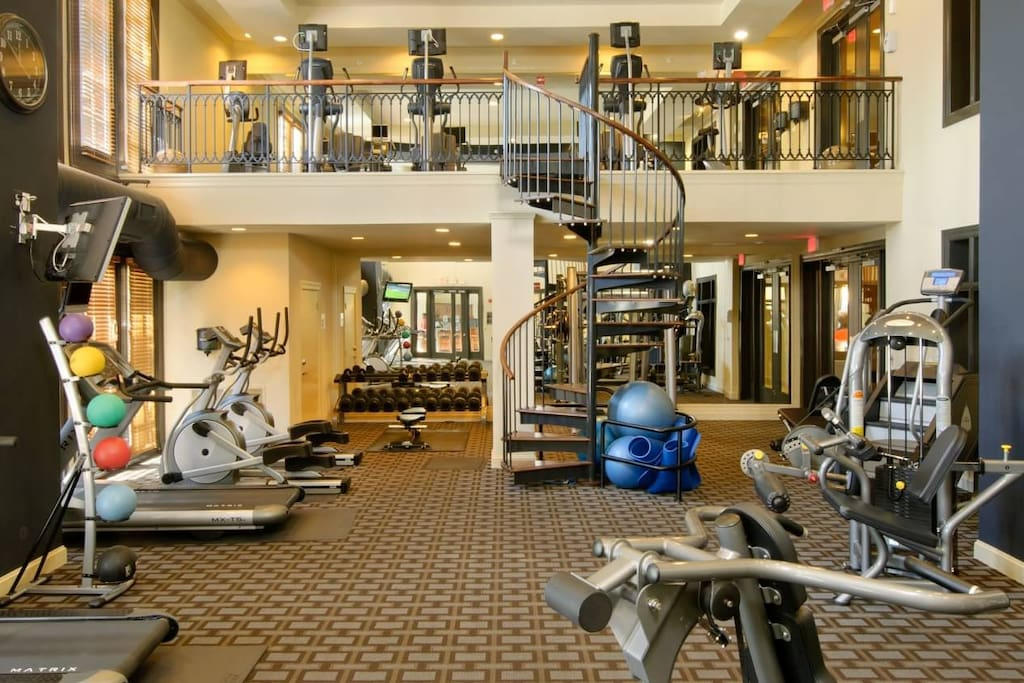 24-7 State of the Art Fitness Center
