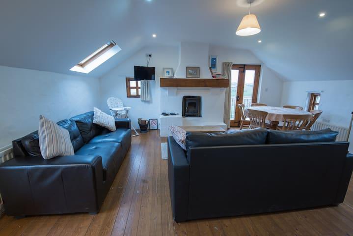 Truin Cottage: 3 BD Cottage